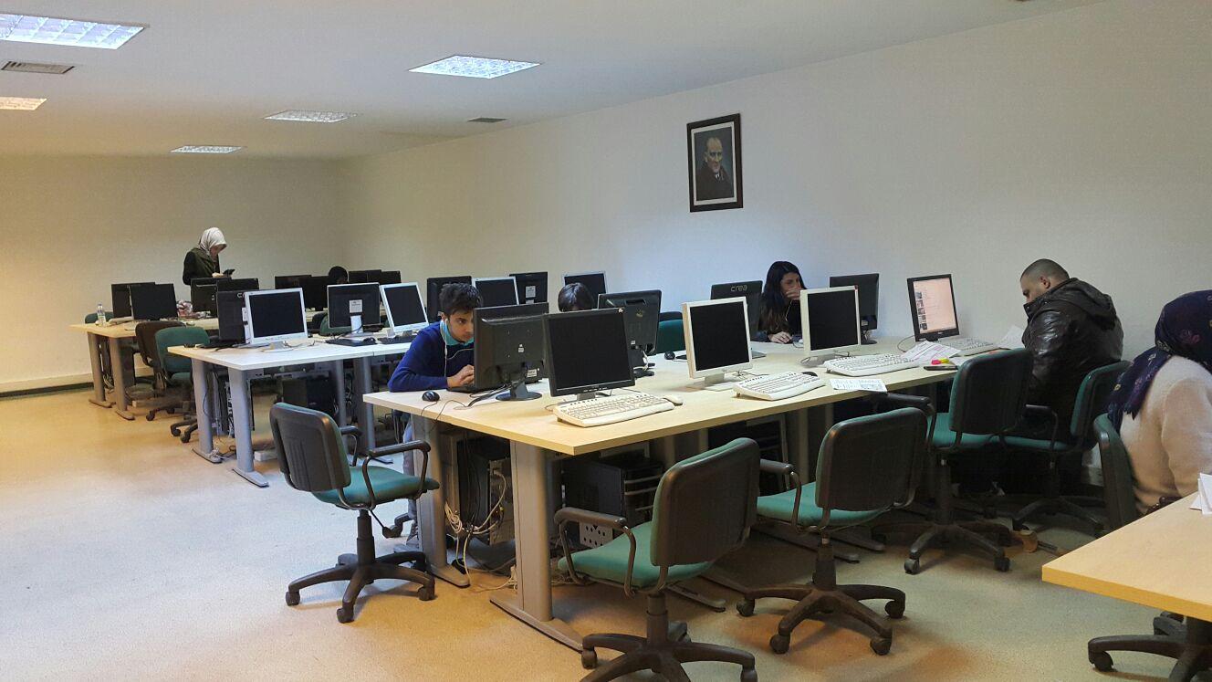 Computer Lab. - Eczacılık Fakültesi